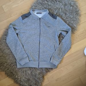 UNDER ARMOUR - Sweater